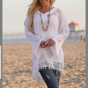 Ananda's Collection White Lace Bell Sleeve Cover